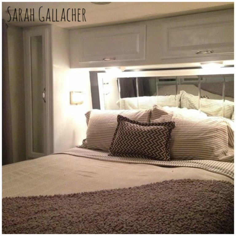 RV bed with mirror headboard